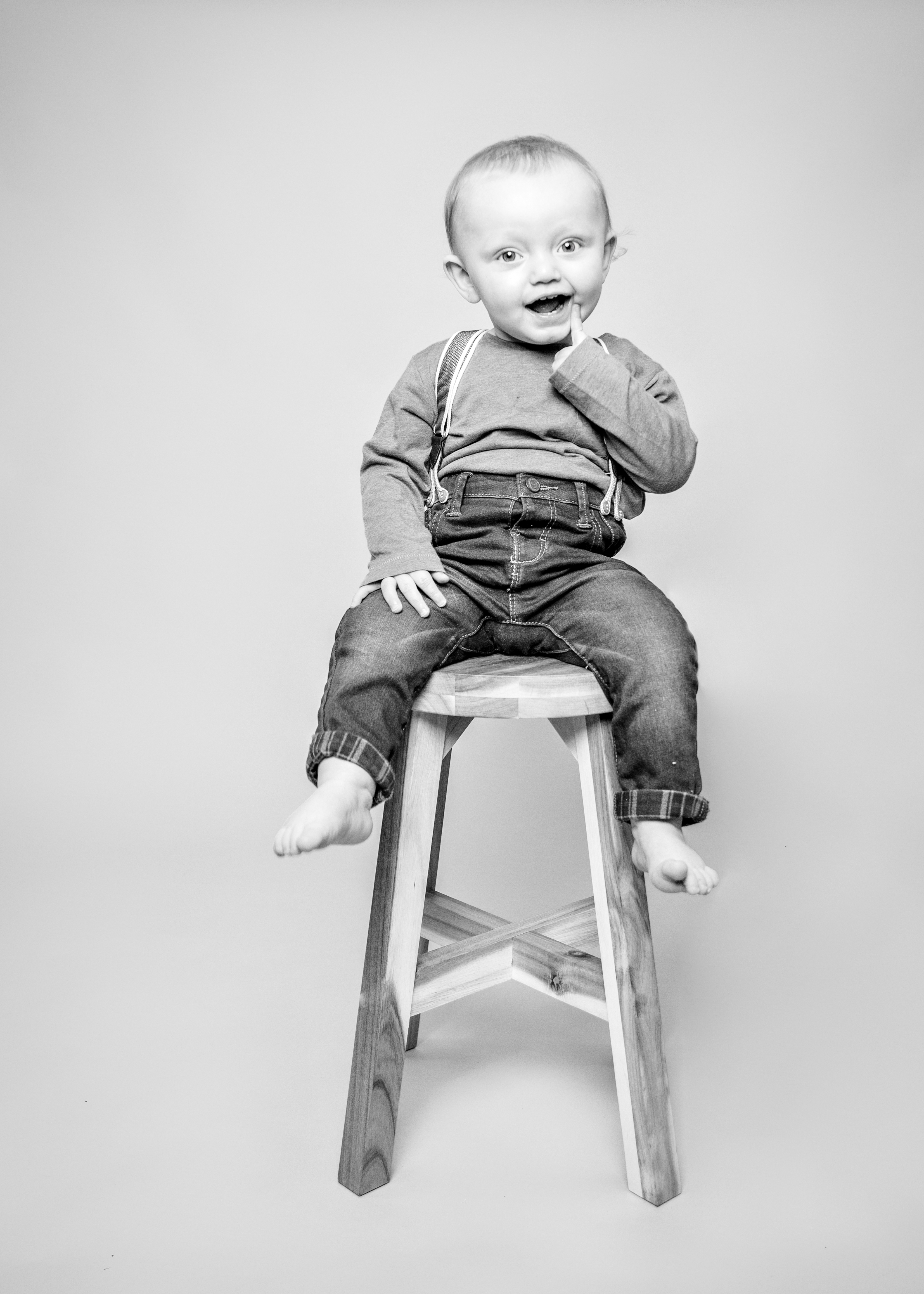 black & white toddler boy photography, cass davies photography hawarden, toddler photos chester, Mold family photographer