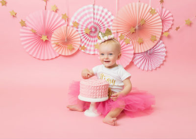 1ST BIRTHDAY PHOTOSHOOT, photographer chester, pink cake smash for baby girl, cake smash chester