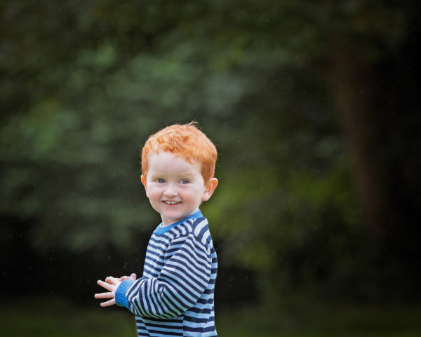 family photographer. child photographer, outdoor family photo