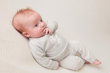 baby photographer Flintshire option for mini session